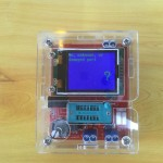 Multiteste com LCD para componentes eletrónicos e frequência com caixa
